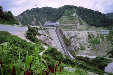 奥三面ダム