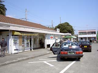 JR東海道線 真鶴 駅前