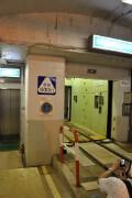 竪坑エレベーター