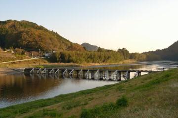 久慈川沈下橋
