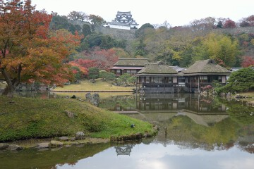 臨池閣と彦根城