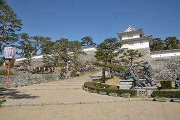 霞ヶ城公園
