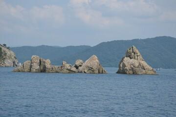 三ツ岩・二ツ岩